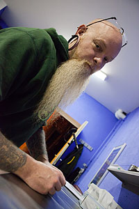 Unser Piercer James Boyle